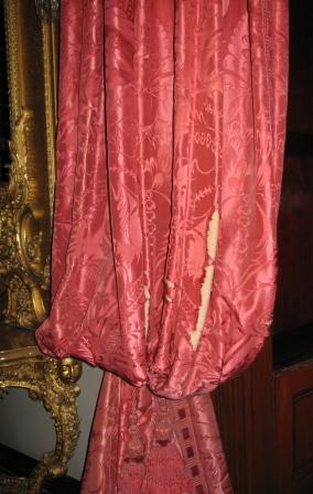 Ickworth House – Peeking Behind their Curtains